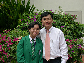Li Qi and Mr Allen Peh